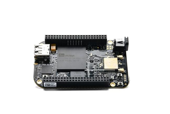 A product image for BeagleBoard.org® BeagleBone® sans fil noire