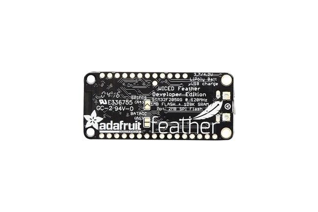 A product image for Carte de dév.Adafruit WICED Wi-Fi Feather