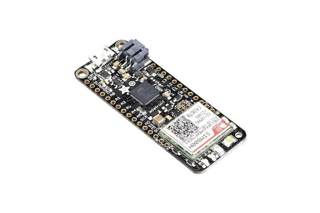 A product image for Scheda ATMega32u4 FONA Adafruit Feather