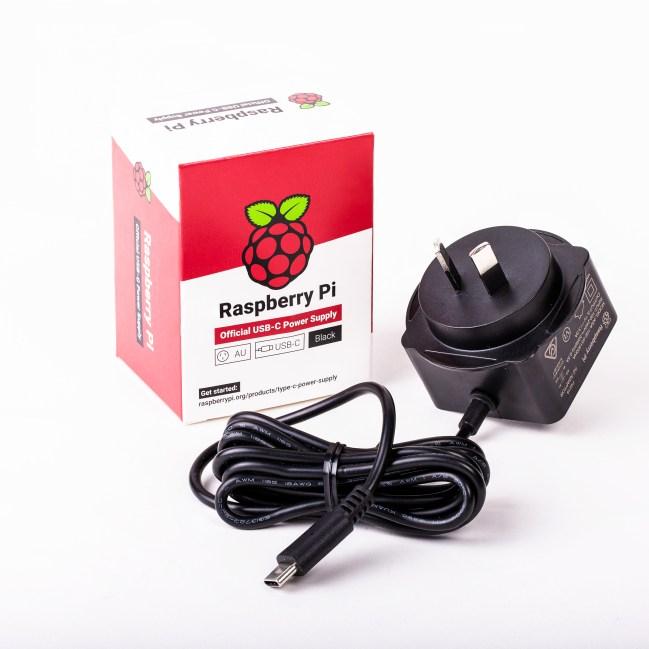 A product image for Alim. originale nero Raspberry Pi 5,1V/3A con USB-C per AU