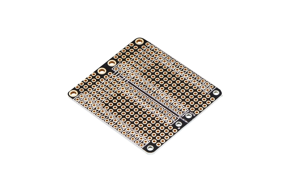 FeatherWing Doubler プロトタイピングボード
