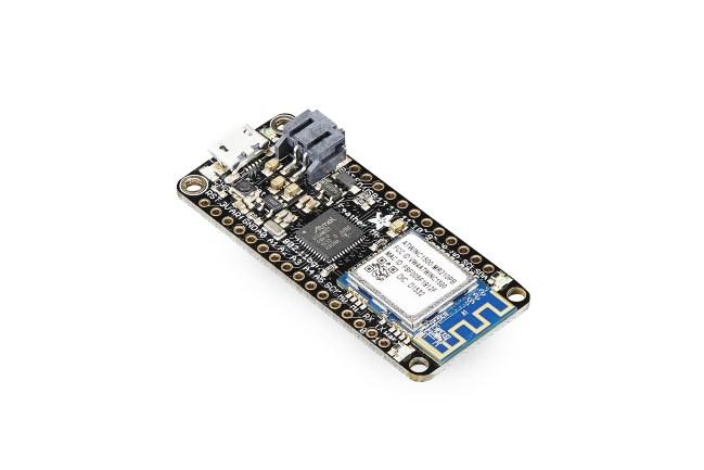 A product image for Adafruit Feather(アダフルーツ・フェザー)M0 WiFi開発ボード
