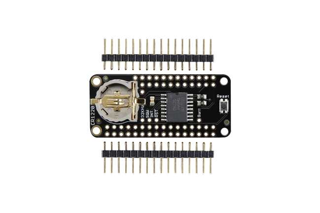 A product image for FeatherWing Precision Clock (RTC)-kaart