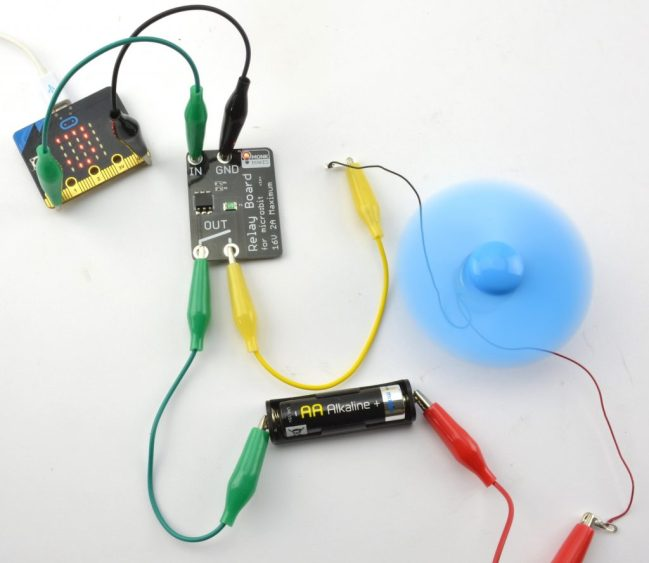 A product image for Electronic Starter Kit for micro:bit