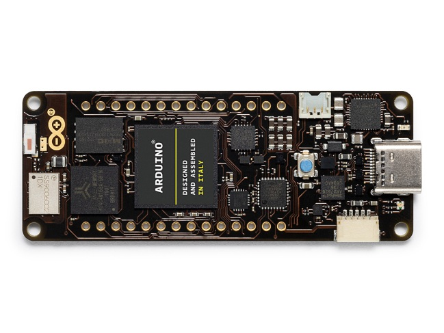 A product image for Arduino Portenta H7