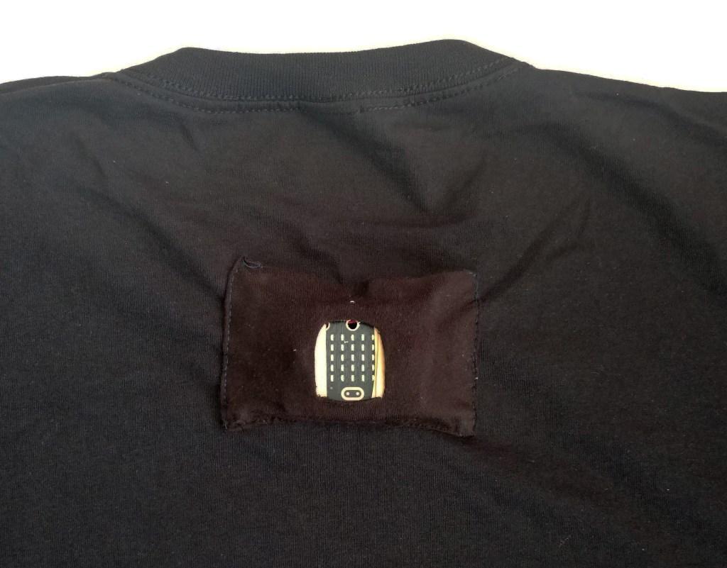 microbit-cycle-lights-t-shirt-pocket-B
